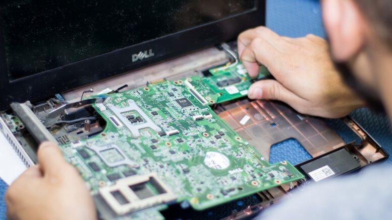 electronics-2929043_1280